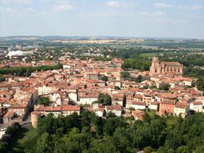 La cathédrale et la ville médiévale (c) L. Blatgé