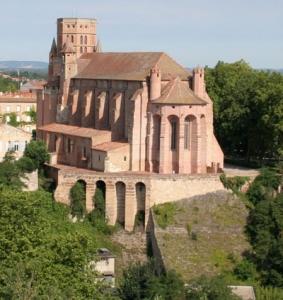 """Le chevet et le """"talon"""" de la cathédrale (L. Blatgé)"""