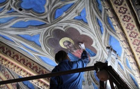 Début des travaux de restauration de l'abside et du choeur (tranche ferme)